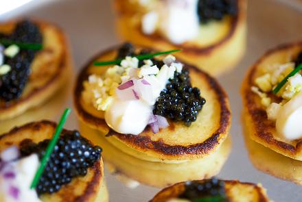 Blinis caviar