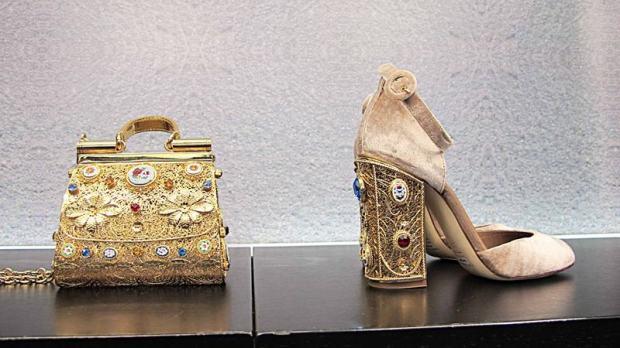 Dolce & Gabbana - 45  IN LOCO dolce gabbana 45